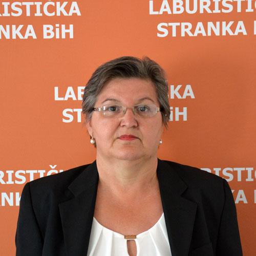 SENHIDA MURTIĆ
